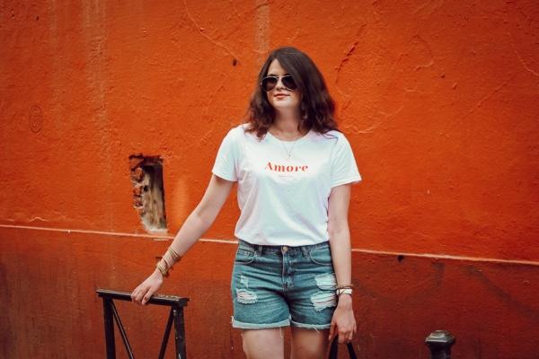 Look • En short en jeans pour la fin de l'été