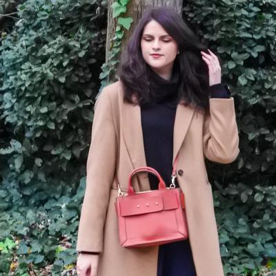 Look • Manteau long et cuissardes