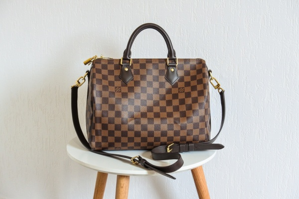 Zoom sur le sac Speedy 30 Bandoulière de Louis Vuitton