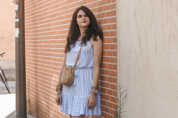 Look • Petite robe rayée pour l'été