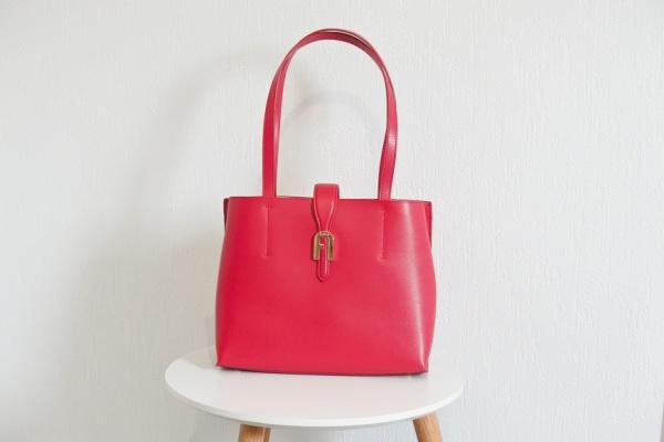 Zoom sur le sac Sofia Furla